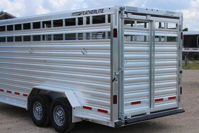 2019 Featherlite 8413 - STOCK/ COMBO 20' - Straight Wall Tack CONROE, TX 11