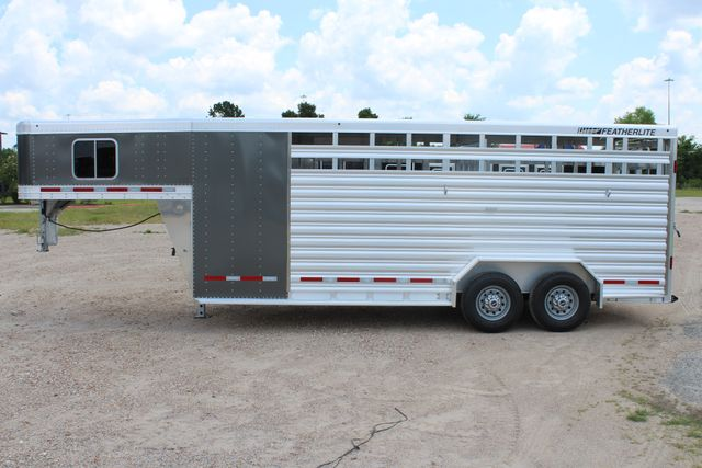 2019 Featherlite 8413 - STOCK/ COMBO 20' - Straight Wall Tack CONROE, TX 8