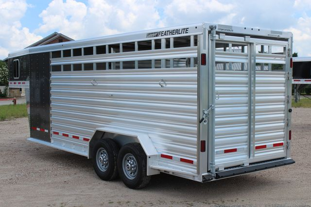 2019 Featherlite 8413 - STOCK/ COMBO 20' - Straight Wall Tack CONROE, TX 9