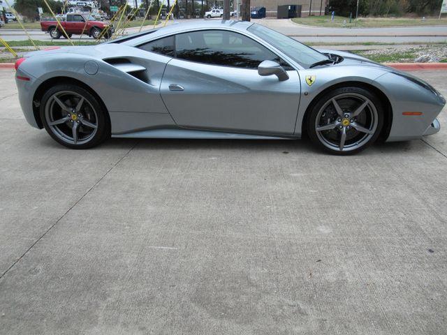 2019 Ferrari 488 GTB Austin , Texas 7