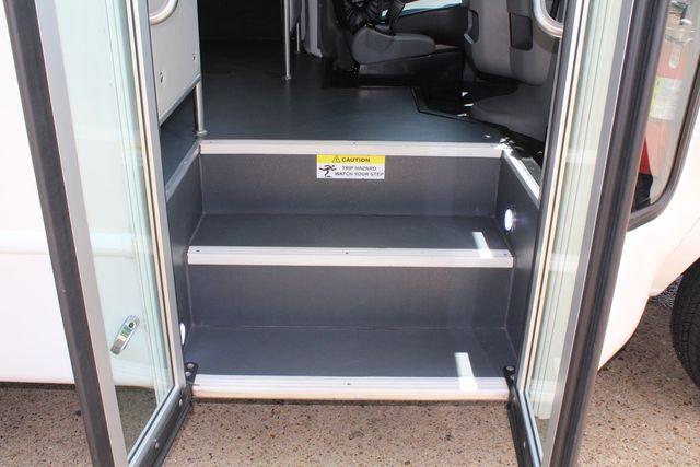 2019 Ford E450 26 Passenger Starcraft Shuttle Bus *Under Warranty* Irving, Texas 13