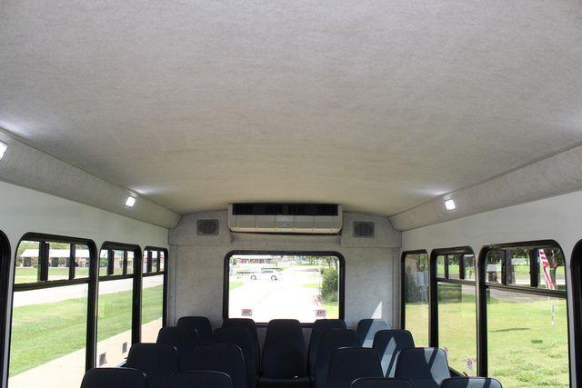 2019 Ford E450 26 Passenger Starcraft Shuttle Bus *Under Warranty* Irving, Texas 21