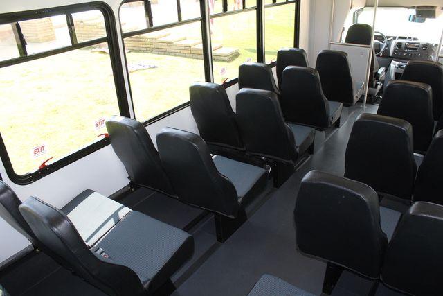 2019 Ford E450 26 Passenger Starcraft Shuttle Bus *Under Warranty* Irving, Texas 23