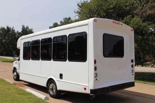 2019 Ford E450 26 Passenger Starcraft Shuttle Bus *Under Warranty* Irving, Texas 6