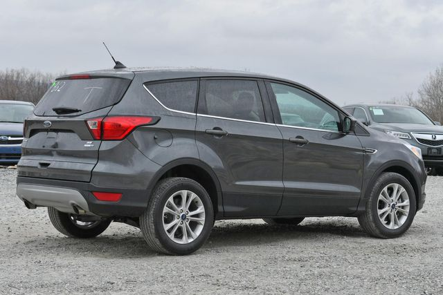 2019 Ford Escape SE Naugatuck, Connecticut 4