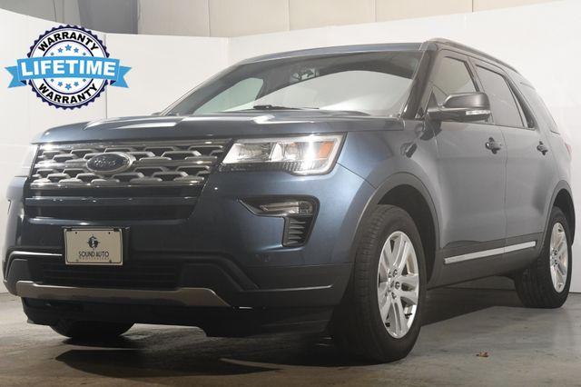 2019 Ford Explorer XLT w/ Nav/ Blind Spot / Safety Tech