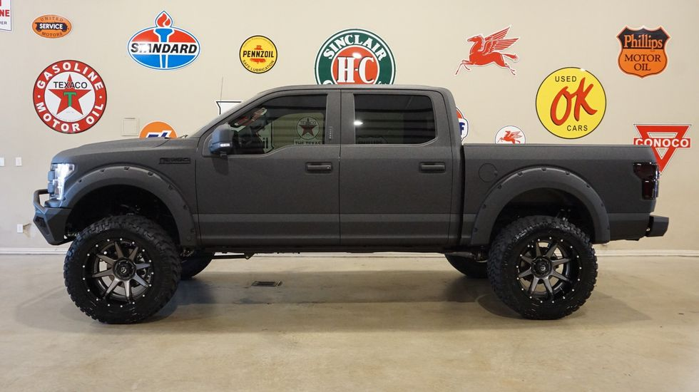 Ford F150 Platinum Lifted >> 2019 Ford F 150 Platinum 4x4 Dupont Kevlar Lifted Led S Fuel 22 S