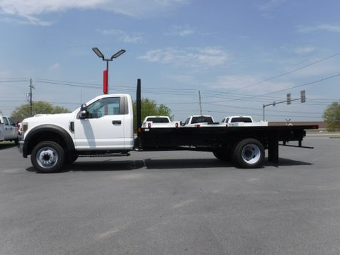 2019 Ford F550 16' Flatbed 2wd V10 Gas in Ephrata, PA