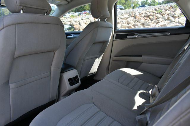 2019 Ford Fusion Hybrid SE Naugatuck, Connecticut 12