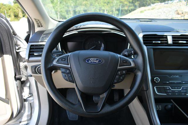 2019 Ford Fusion Hybrid SE Naugatuck, Connecticut 18