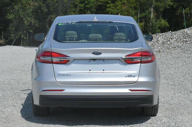 2019 Ford Fusion Hybrid SE Naugatuck, Connecticut 3