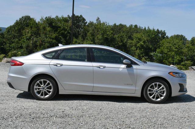 2019 Ford Fusion Hybrid SE Naugatuck, Connecticut 5