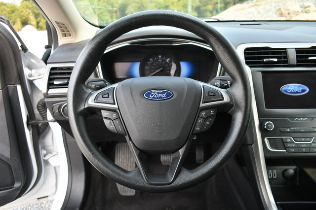 2019 Ford Fusion Hybrid SE Naugatuck, Connecticut 18
