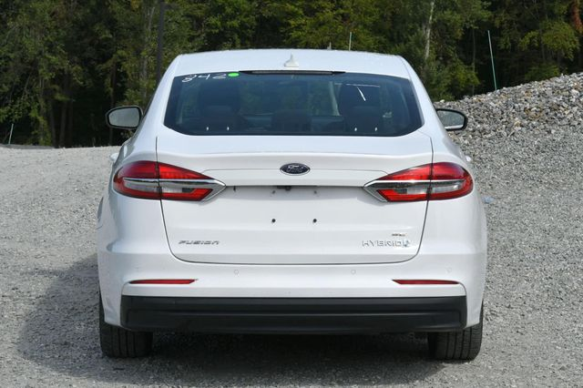 2019 Ford Fusion Hybrid SE Naugatuck, Connecticut 3
