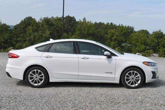 2019 Ford Fusion Hybrid SE Naugatuck, Connecticut 5
