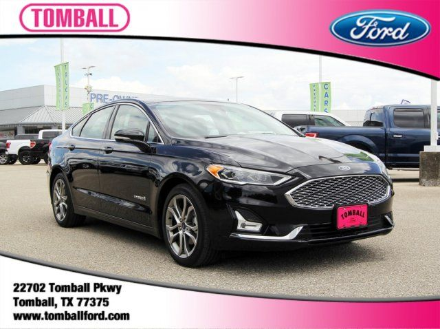 2019 Ford Fusion Hybrid Titanium in Tomball, TX 77375