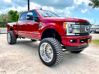 2019 Ford Super Duty F-250 Platinum Crew Cab 4X4 FX4 6.7L Powerstroke Diesel Auto LIFTED in Sealy, Texas 77474