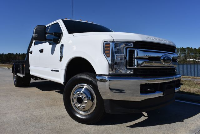 2019 Ford Super Duty F-350 DRW Chassis Cab XLT
