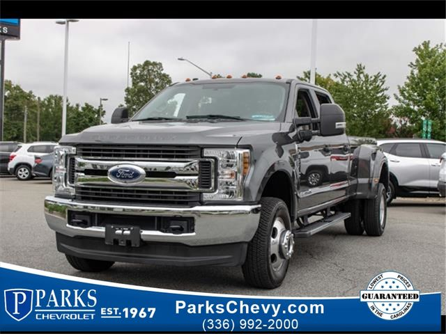 2019 Ford Super Duty F-350 DRW Pickup King Ranch