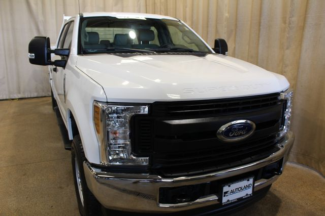 2019 Ford Super Duty F-350 utility diesel 4x4 XL in Roscoe, IL 61073