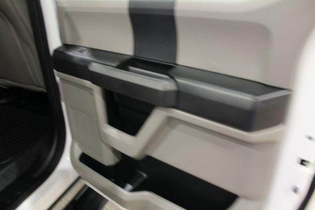 2019 Ford Super Duty F-350 utility 4x4 XL in Roscoe, IL 61073