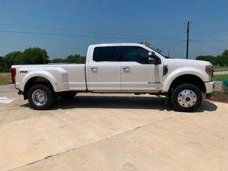 2019 Ford Super Duty F-450 Pickup Platinum in Leander, TX 78641