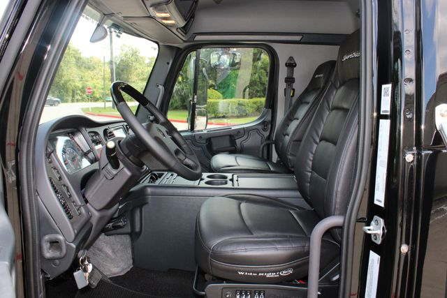 2019 Freightliner M2 - SportChassis RHA SportChassis Luxury Ranch Hauler CONROE, TX 35