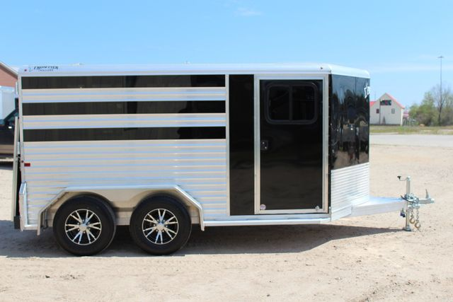 2019 Frontier LOW PRO - PEN SYSTEM 7'x12'X6'T STOCK W 4 STALL ADJUSTABLE PEN SYSTEM CONROE, TX 21