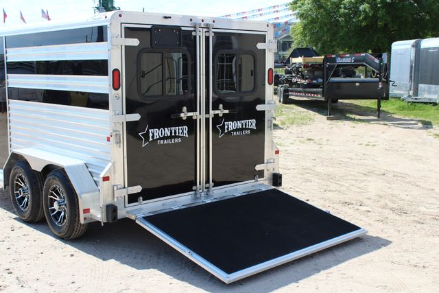 2019 Frontier LOW PRO - PEN SYSTEM 7'x12'X6'T STOCK W 4 STALL ADJUSTABLE PEN SYSTEM CONROE, TX 11