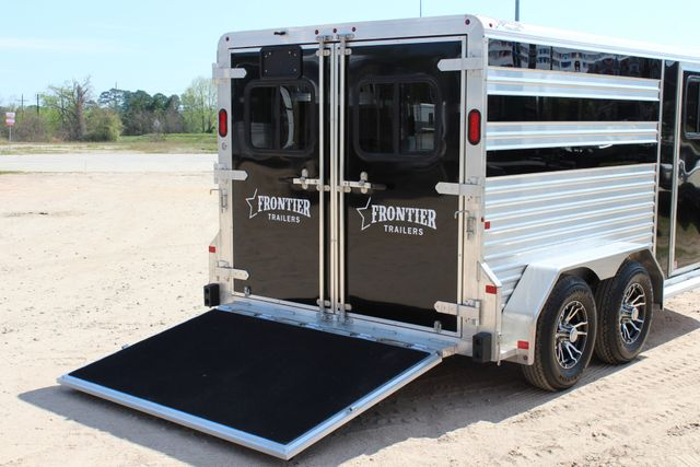 2019 Frontier LOW PRO - PEN SYSTEM 7'x12'X6'T STOCK W 4 STALL ADJUSTABLE PEN SYSTEM CONROE, TX 19