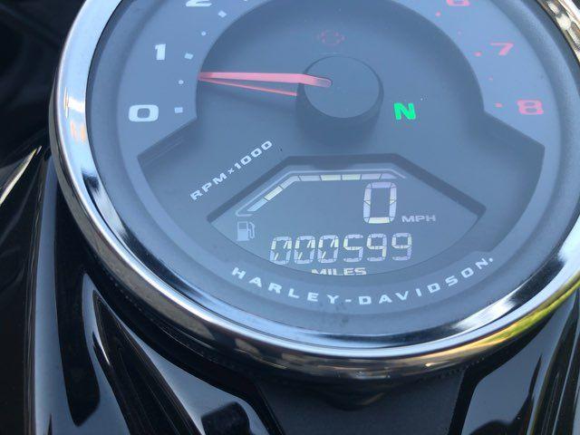 2019 Harley-Davidson FAT BOB 114 CI *** ONLY 599 MILES *** in McKinney, TX 75070