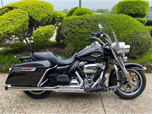 2019 Harley-Davidson FLHR Road King in McKinney, TX 75070