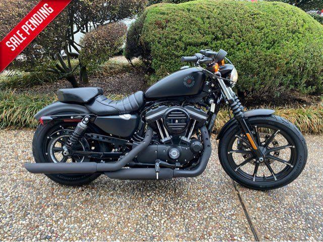 2019 Harley-Davidson Iron 883 Sportster XL883N in McKinney, TX 75070
