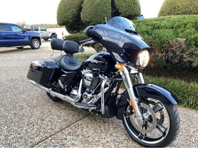 2019 Harley-Davidson Street Glide in McKinney, TX 75070