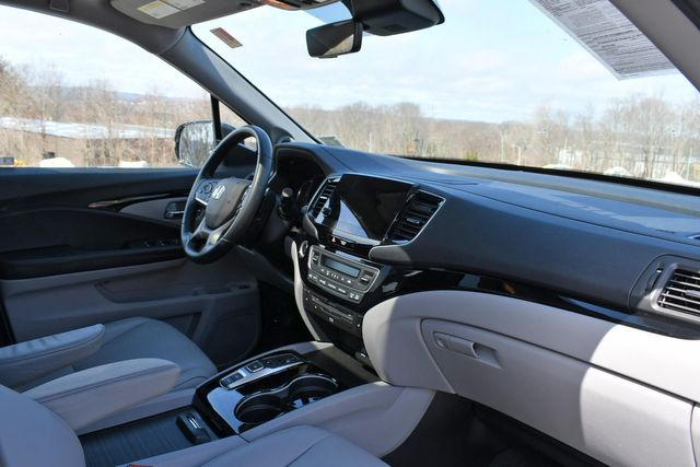 2019 Honda Pilot Touring 8-Passenger Naugatuck, Connecticut 10