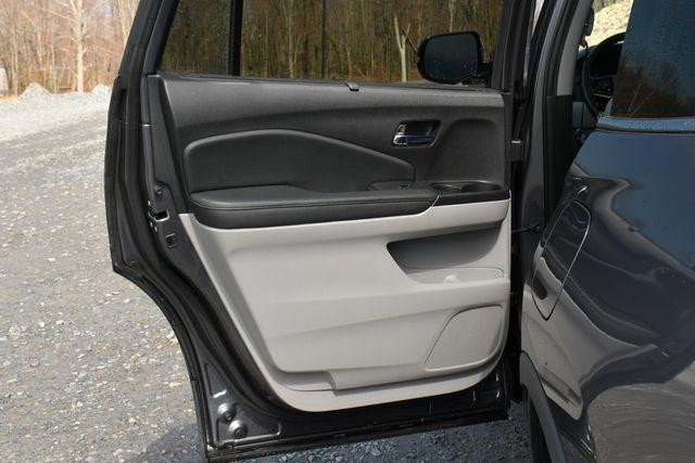 2019 Honda Pilot Touring 8-Passenger Naugatuck, Connecticut 15