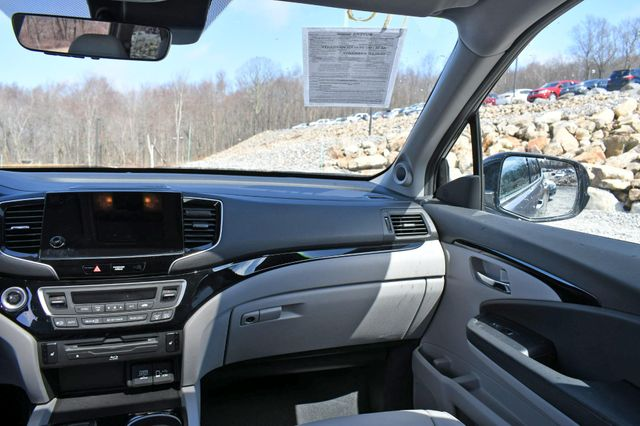2019 Honda Pilot Touring 8-Passenger Naugatuck, Connecticut 21