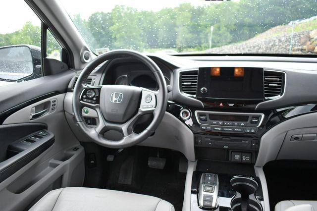 2019 Honda Pilot Touring 8-Passenger Naugatuck, Connecticut 18