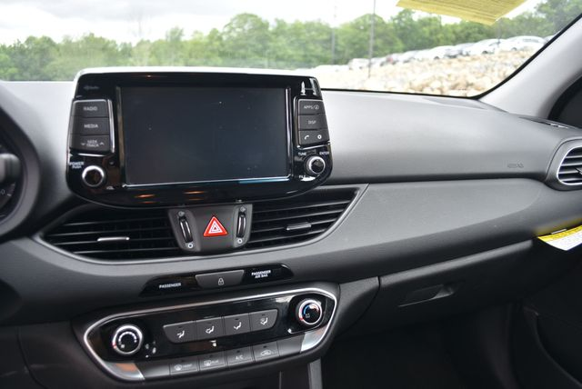 2019 Hyundai Elantra GT Naugatuck, Connecticut 18