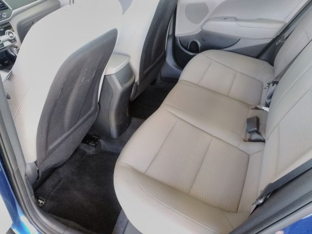 2019 Hyundai Elantra SE Houston, Mississippi 9