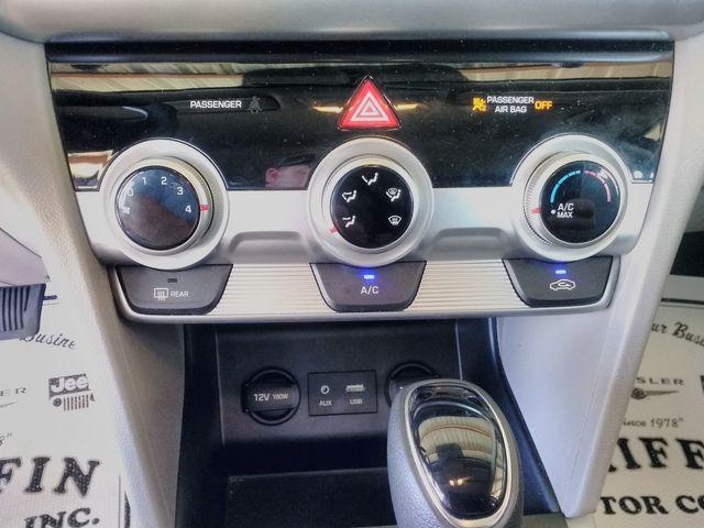 2019 Hyundai Elantra SE Houston, Mississippi 14