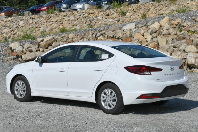 2019 Hyundai Elantra SE Naugatuck, Connecticut 2