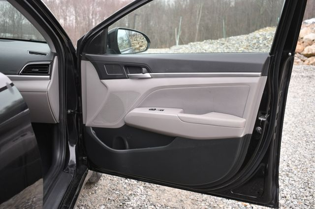 2019 Hyundai Elantra SEL Naugatuck, Connecticut 10