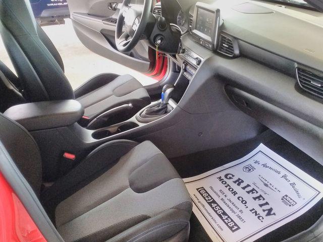 2019 Hyundai Veloster 2.0 Houston, Mississippi 9