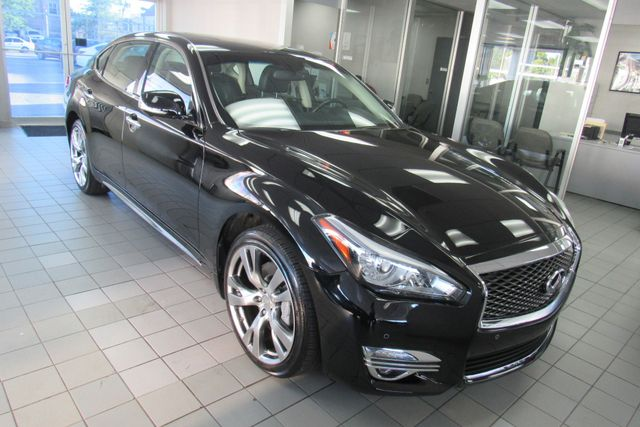 2019 Infiniti Q70L 3.7 LUXE Chicago, Illinois 1