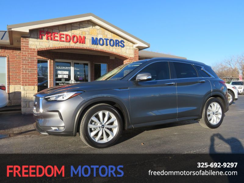 2019 Infiniti QX50 ESSENTIAL | Abilene, Texas | Freedom Motors  in Abilene Texas