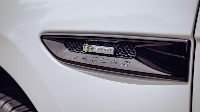 2019 Jaguar F-PACE 25t R-Sport PANO ROOF NAVIGATION in Memphis, TN 38115