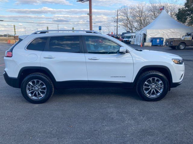 2019 Jeep Cherokee Latitude Plus 4x4 in Boerne, Texas 78006