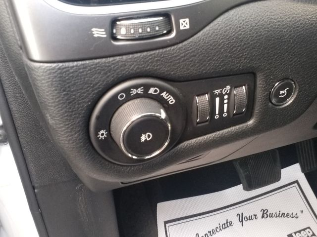 2019 Jeep Cherokee Limited Houston, Mississippi 16