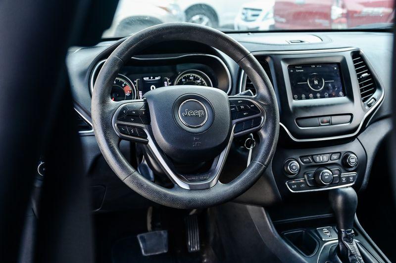 2019 Jeep Cherokee 2.4L I-4 Latitude 7'' Display Pwr Windows Nice!! in Rowlett, Texas